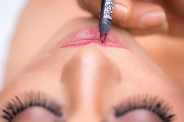 Lipstick Ombre Bikin Bibirmu Makin Kece
