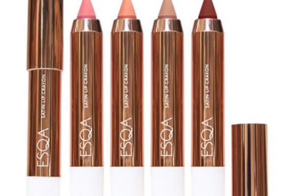 Pilih Lipstick Yang Melembabkan